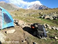 Chargeur solaire portable 4W + batterie USB   4W - 4000mAh en montagne
