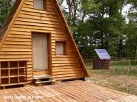 Utilisation du kit pannau solaire SOLARIS 300 W pour électrifier une chambre d'hôte écologique