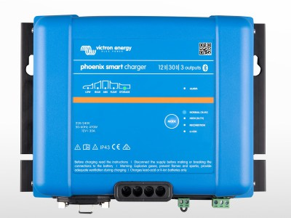 Chargeur VICTRON Phoenix Smart IP43 12/30 (3)
