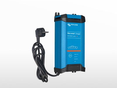 Chargeur VICTRON Blue Smart IP22 12V / 15A Schuko (3 sorties)