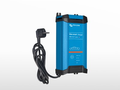 Chargeur VICTRON Blue Smart IP22 24/8 Schucko