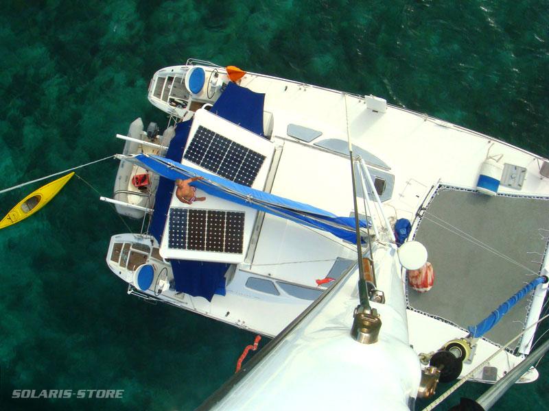 installation d'un kit solaire autonome pour bateau au large de Saint-Martin, aux Antilles