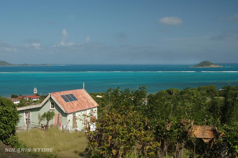 installation de panneaux solaires en site isolé à la martinique