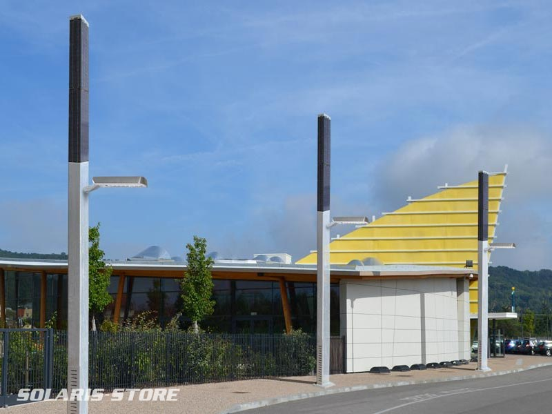 Ain (01) / Projet d´éclairage solaire pour le parking d´une piscine municipale.