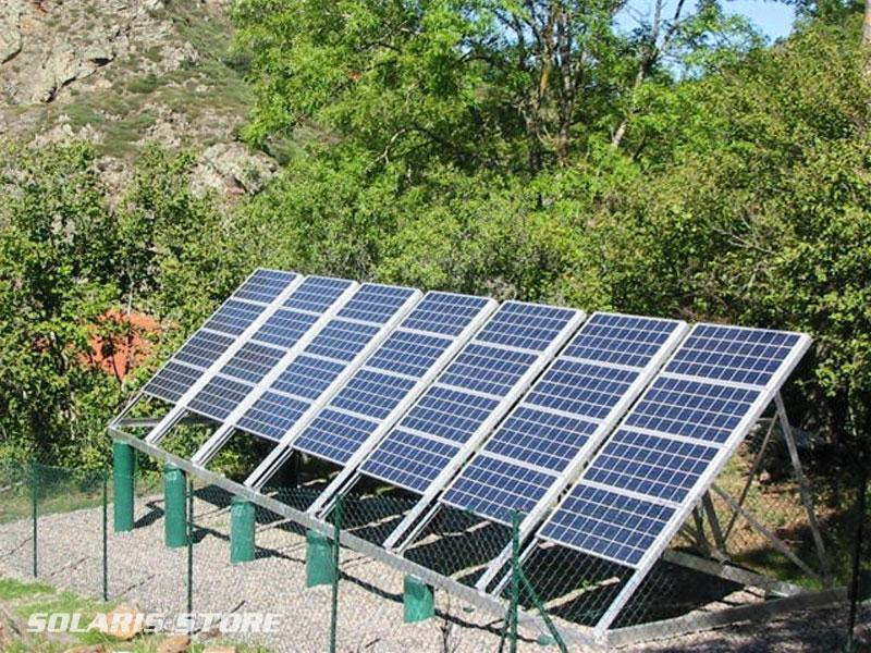 Haute-Loire (43) / Centrale solaire du Mas de Bonnefont totalisant 2100 Wc de panneaux solaires Tenesol (groupe Sunpower)