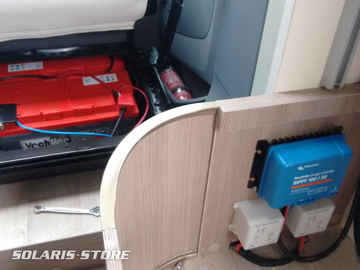 Batterie solaire et régulateur de charge MPPT pour stocker l´énergie dans le véhicule