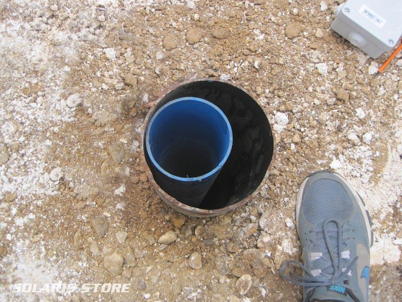 Ardèche (07) / Forage dans lequel sera placée la pompe immergée