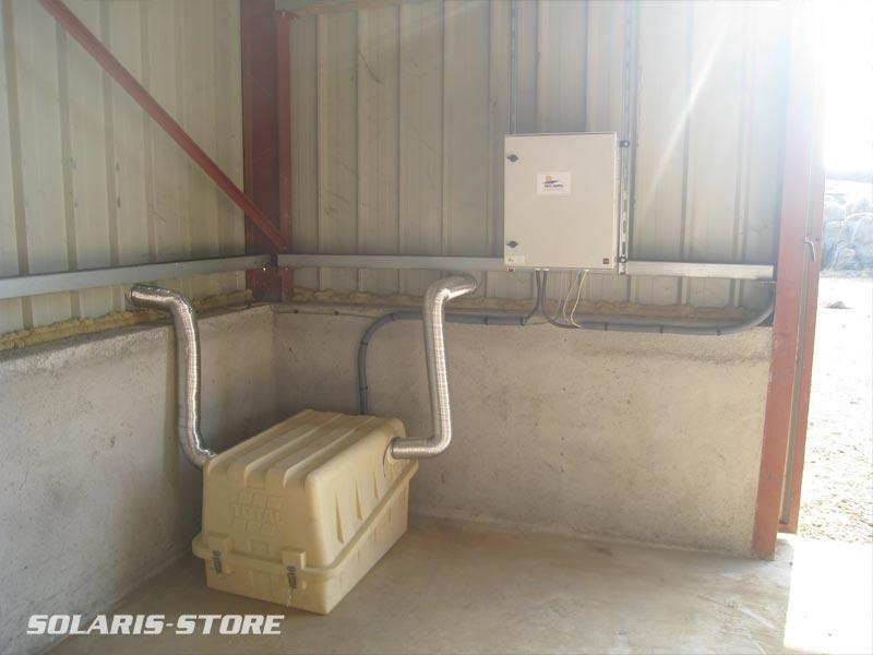 Alpes-de-Haute-Provence (04) / Coffre à  batteries ventilé et armoire de cablage